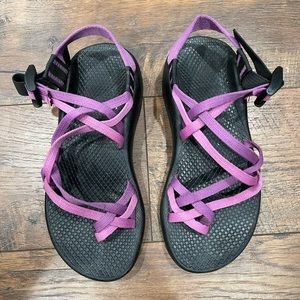 CHACO ZX/2 pink purple double strap sandals